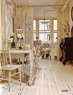 Way cool painted wood floors. So shabby and cozy!
