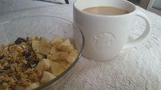 My muesli #banane #joghurt & Caffee #Starbucks