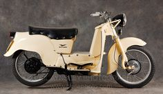 The Galletto (Cockerell) was produced in several increasing capacities (150, 162, 175 & 192cc) from its introduction in 1950. This is a 162cc model from 1952.  #scooter