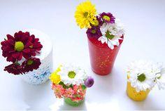 Com produtos baratos você pode ter seu lindo vasinho - vasinhos coloridos feitos de bexiga