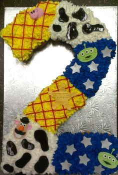 Toy Story, Pull-a-part Cupcake Cake,  mason