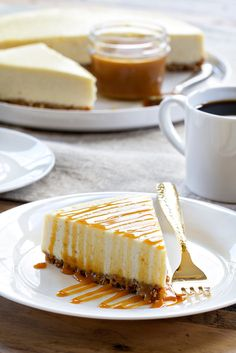 41 Cheesecake Recipes That Prove This Dessert Is the Best Thing Ever Salted Caramel Cheesecake, Best Cheesecake, Cheesecake Recipes, Carmel Cheesecake, Salted Caramels, No Bake Desserts, Just Desserts, Dessert Recipes, Dessert Food