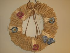 'Huge burlap wreath ' is going up for auction at 10am Fri, Jul 13 with a starting bid of $5.
