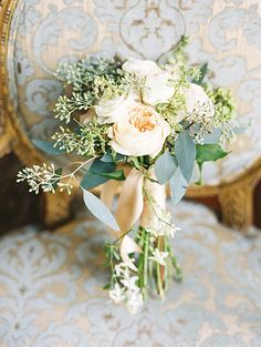 peach and sage bouquet | Chateau Chic Inspiration shoot by Kimberly Chau