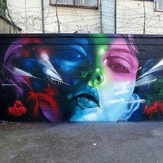 Street-wall graphic art - L'arte grafica sui muri.  Street art come forma d'arte e di comunicazione visiva.