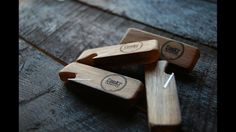 Keyring whiskey barrel bottle openers These unique bottle openers are made from solid oak and steel, upcycled from old Irish whiskey barrels. Hand-made in th Unique Bottle Openers, Beer Bottle Opener, How To Make Whiskey, Old Irish, Irish Whiskey, Solid Oak, Whiskey Barrels, Cool Stuff, Stuff To Buy