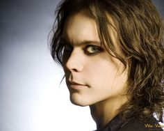 Ville.....it's almost scary how pretty he is.