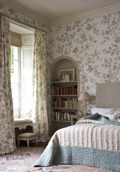 Buy Lewis & Wood Indienne Wide Width Wallpaper online, we supply the full range of Lewis and Wood Fabric and Wallpaper direct to your door. Wood Bedroom, Home Decor Bedroom, White Bedroom, Bedroom Ideas, Master Bedroom, Chintz Fabric, Country Bedding, Wood Wallpaper, Wallpaper Ideas