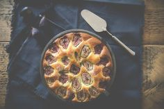 Feigenkuchen #figs #bakery http://caramelja.blogspot.de/2015/11/feigenkuchen-mit-lavendelhonig.html