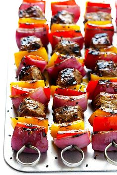 This Korean Steak Kabobs recipe is made with a super-easy, flavorful marinade, and grilled to perfection with any vegetables you'd like. So flavorful and delicious!!   gimmesomeoven.com