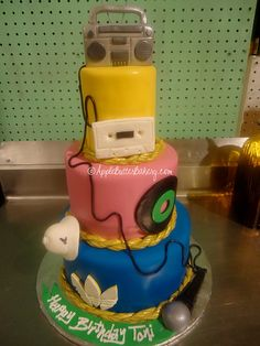 I like the boom box up top and cord going down to the microphone Birthday Cookout, 50th Birthday Party Ideas For Men, Birthday Cakes For Men, Birthday Parties, Skate Party, Dj Party, Glow Party, Prince Birthday, Man Birthday