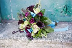Without the green and blue of this arrangement, its my dream bouquet <3