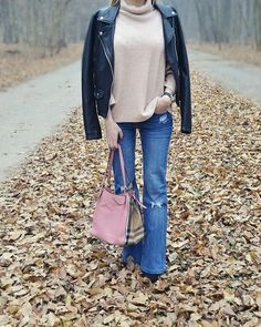 Ootd with flare jeans and sweater #ootd #outfit #flarejeans #jeans #burberrybag #sweater #outfitidea #inspiration #details #style #blogger