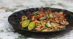 """A dish descended from the Chinese chow mein. It's mi goreng or mie goreng in Indonesia; mee goreng or mi goreng in Malaysia. It is ubiquitous in both countries, and in Singapore too, where it is often sold as hawker food. Whatever the spelling, it translates to """"fried noodles."""" But just so it's clear. This …"""