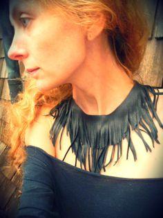 Naispar - black leather fringe necklace.
