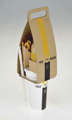 Handige meeneemverpakking voor je eten zoals voor ketens als de Mac Donalds. Alles past er in, onderaan bevind zich een opening voor een drinkbeker en een rietje in te stoppen waarna je op de beker je hamburger kunt plaatsen en langs de zijkant je frietjes. Voorzien van een handvat bovenaan, handig toch :).
