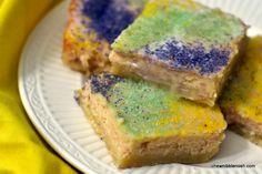King Cake Bars - Chew Nibble Nosh