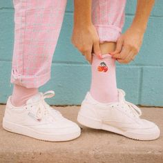 Reeboks with a cherry on top plz Grunge, Cherry On Top, Adidas Stan Smith, Amazing Women, Spring Fashion, Girls, Cool Hairstyles, Adidas Sneakers, Swimsuits