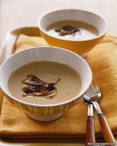 Creamy caramelized onion soup