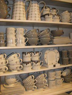 Chocolate mug Bastion Collection Ceramic Tableware, Kitchenware, Chocolate Mugs, Pip Studio, Hand Painted Ceramics, Kitchen Accessories, Household Items, Dinnerware, Tea Pots