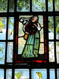 """Wheel of Fortune"" Stained Glass window in Red House, prob. Burne-Jones, Jane (Burden) Morris was the model Stained Glass Art, Stained Glass Windows, Mosaic Glass, Art Nouveau, Divas, William Morris Art, Edward Burne Jones, American Craftsman, Art And Craft"