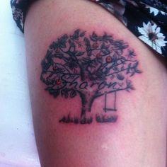 Diseño personalizado 🌳Arbol de manzanas🍎  #tattoo #tatuaje #tattoist #girlstattoo #tattoowoman #womantattoo #bogota #caracas #colombia #venezuela #ink #gez_ink #sharon #girls #chicas #arbolmanzano #arbol #tree #manzano #art