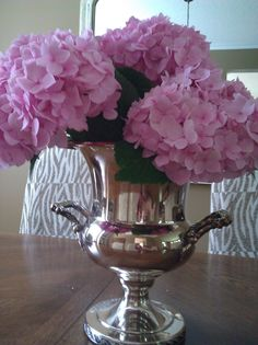 I always know that fall has truly arrived when it is time to harvest the hydrangeas! You can see by my Blog Header that I LOVE Hydrangeas! T...