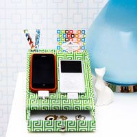 Desktop Dock Organizer like this sweet I would so use it