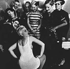 Anti-clockwise / Debbie Juvenile, Siouxsie Sioux, Phillip Salon, Spunker Severin
