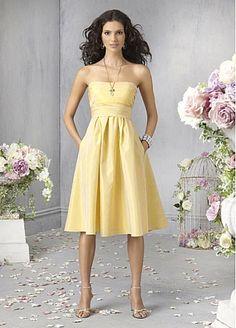 Taffeta A-line Strapless Knee-length Homecoming Dresses