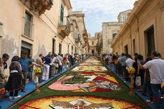 Every 3rd Sunday of May NOTO, a baroque city in South-East Sicily, is quite literally covered in flower petals for the INFIORATA DI NOTO. This event, which is increasingly gaining in popularity, has taken place since 1980. It's a celebration of Spring and a chance for local artists to display their fantastic skills while using the most natural material possible.
