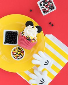 Oh toodles it's time for a Mickey Mouse party! Join us as we share some of our favorite modern Mickey Mouse party supplies to get those Mickey Party Ideas flowing! | Sweets & Treats #mickeymousecupcakes #mickeymouseparty #mickeycupcakes #mickeymousesprinkles #mickeysprinkles #mickeymousepartysupplies #mickeypartysupplies
