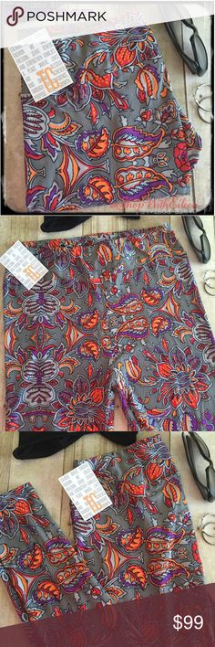 🆕 LulaRoe PAISLEY FLORAL GRAY COLOR TC Leggings 🆕 LulaRoe PAISLEY FLORAL GRAY COLOR TC Leggings! GRAY background with gorgeous florals in peach, orange, purple, gray, and white! GORGEOUS! Very sought after ORIGINAL print & hard to find! EVERYONE WANTS THIS PRINT! Supply + DEMAND = Price These are made in China. * I am not a consultant… I am just a LulaRoe addict and love the hunt to find great prints! Enjoy!  {$25 is not an acceptable offer} LuLaRoe Pants Leggings