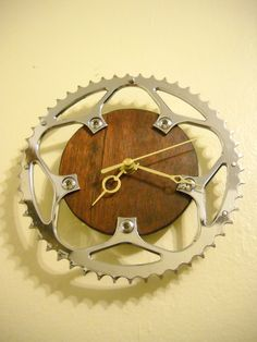 Upcycled Bike Chain Ring Clock