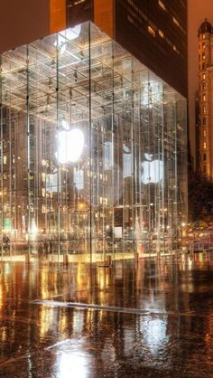 Apple Store, Retailers, New York, City, Fifth Avenue, United States | View Hotel Deals in NY!