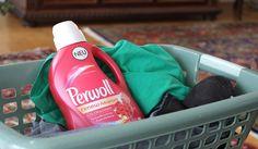 """[Werbung] Perwoll renew Advanced COLOR & FASER ; Farbauffrischung* ; Faserstärke* ; Fibrex-Tech ; *""""Nach mehreren Wäschen""""  [Werbung] Das vorgestellte Produkt wurde kostenlos von Henkel Lifetimes zur Verfügung gestellt."""