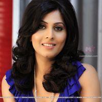 Mauni Roy, Actress Wallpaper, Popular Shows, Photo Wallpaper, Actress Photos, Celebrity Gossip, Biography, Relax, Glamour