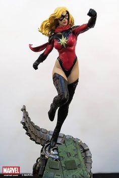 We proudly present the XM Studios Ms Marvel ! Ms Marvel, Marvel Heroes, Marvel Comics, Marvel Statues, Black Bolt, Action Poses, Comics Girls, Figure Model, Comic Character