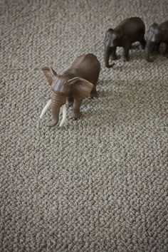 Undyed Natural Wool in Lariat. Suitable for the hall or family room. Buy your perfect carpet now. Sisal Carpet, Wool Carpet, Rugs On Carpet, Alternative Flooring, Carole King, House And Home Magazine, Pure Products, Knot, Barefoot