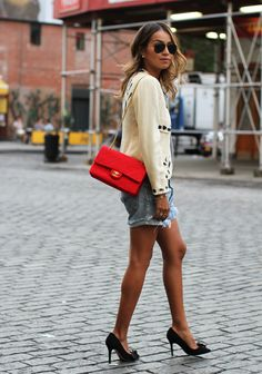New York Minute: Vintage Moschino Black and Cream Blazer (LOVE!), Red Chanel Shoulder Clutch, Vintage Levi's Jean Shorts and heels.