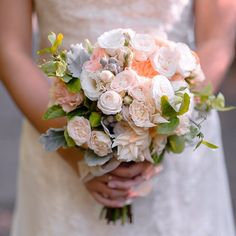 To see more wedding flower ideas: http://www.modwedding.com/2014/11/12/28-amazing-wedding-flower-ideas-designs-ahn/ #wedding #weddings #bridal_bouquet