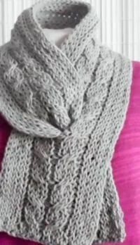 Loom Knit Shadow Work Using The Stockinette Stitch - video tutorial
