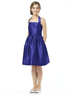 Alfred Sung Junior Bridesmaid Style This short, gorgeous-looking, halter dupioni cocktail dress comes with a matching skinny belt & pockets at the sides of the skirt. Dessy Bridesmaid, Girls Bridesmaid Dresses, Beautiful Bridesmaid Dresses, Homecoming Dresses, Bridal Dresses, Girls Dresses, Flower Girl Dresses, Junior Bridesmaids, Flower Girls