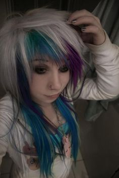 White, blue and purple scene hair Sisterlocks, Emo Scene Hair, Hair Color For Women, Edgy Hair, Alternative Hair, Coloured Hair, Emo Girls, Dye My Hair, Twist Braids