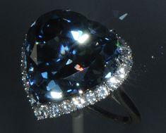 Diamond Pedras Preciosas, Hope Diamond, Diamantes Coloridos, Anéis De Pedras  Preciosas, Jóias 55007b2161