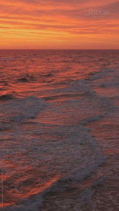 Greece Discover Vivid Ocean Sunset Vertical stock video of a beautiful hot pink sunset over Pensacola Beach as seen from above. Beach Sunset Images, Sunset Gif, Beach Sunset Photography, Beach Sunset Wallpaper, Ocean Wallpaper, Ocean Sunset, Nature Photography, Pink Sunset, Sunrise And Sunset