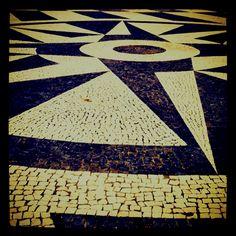 Sidewalk, Portuguese pavement (calçada portuguesa) - Calçada Miradouro do Castelo - Rib. Grande, São Miguel Island, Azores, Portugal | Photo by José Alberto Lima