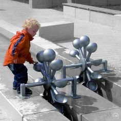 interactive public art installation - functional and aesthetically amazing - Water and Play