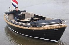 Zarro Excellent 650 , Luxe 9 persoons sloep incl. 2pers bed.