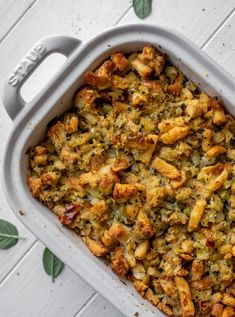 This is the best stuffing recipe ever! Served as stuffing or dressing, this buttery herb toasted bread dish is absolutely incredible! howsweeteats.com
